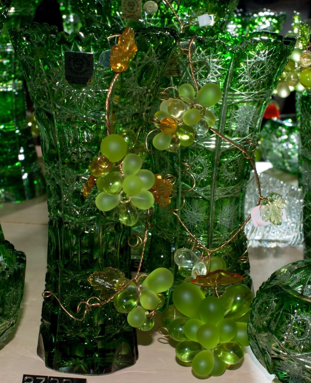 Křišťálový hrozen zelený - velikost 6 - V18